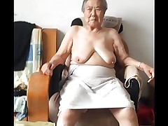 Asian 80+ Granny Tick unclutter