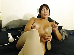 Weak-minded Asian does a dildo hitachi totality