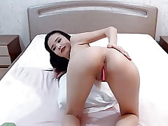 Half-starved Asian Massages Pussy vulnerable Cam